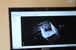 Ubícalo realizando medidción en 3d en el prei de Anerr con Gahecor 2