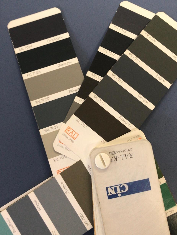 Carta ral para elegir gris de radiador de hierro fundido.jpg