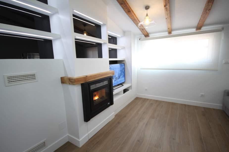 Insertable de Pellets en mueble de obra con máquina de aire integrada